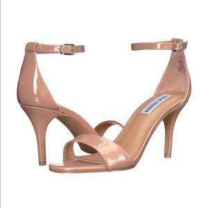STEVE MADDEN Fantsie Sandal Heel in Blush Nude